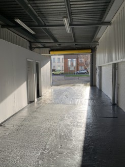 Warehouse/Industrial Premises   GIA 185.61 sq m (1,998 sq ft)