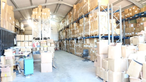 Unit 5 White Hill Farm comprises a modern B8 warehouse unit within a secure gated estate with ample car parking and loading.