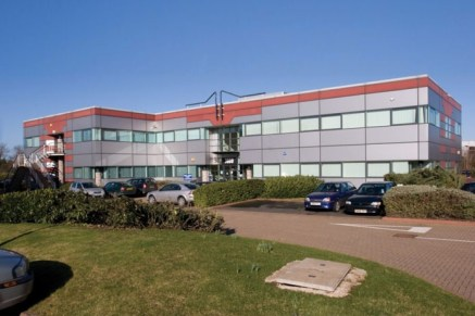 3800 Parkside provides high quality, recently refurbished offices on Birmingham Business Park, south east of Birmingham city centre and close to Birmingham Airport, Resorts World and the NEC. Birmingham Business Park is located approximately 1 mile s...