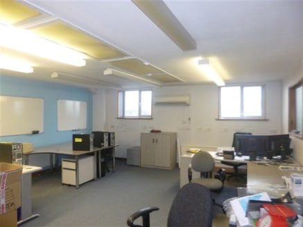 Stonehouse - Unit 2 Springfield Business Centre, Stroudwater Park