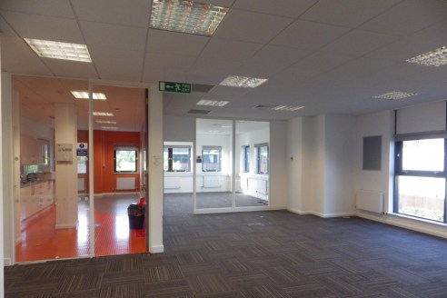 Fitted Air-Conditioned Office Floor - Available On A Flexible Lease