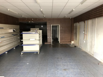 MODERN retail premises located close to Birmingham CITY CENTRE - Total (NIA) - 1,267 ft2 (117.70 m2)...