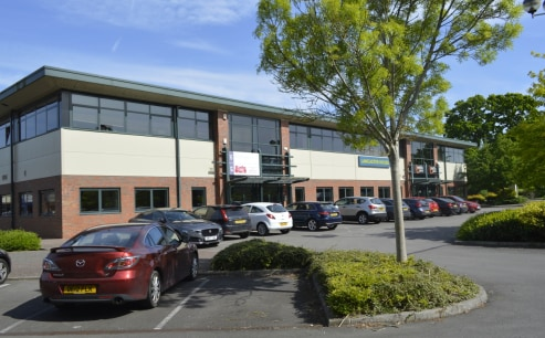 Lancaster House offers modern office accommodation with allocated car parking in a landscaped and secure setting with the following specification :\n\n* Comfort cooling in Units 1A and 3\n\n* Suspended ceilings\n\n* Recessed lighting\n\n* Carpeting\n...