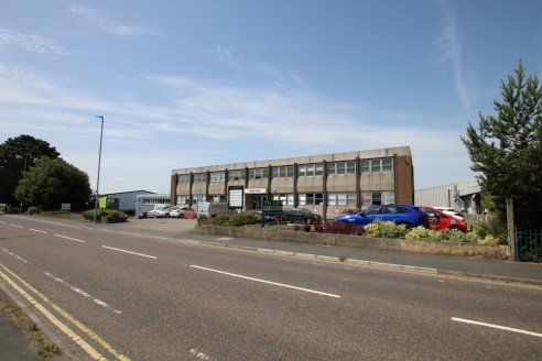 Well Located Open Plan First Floor Office