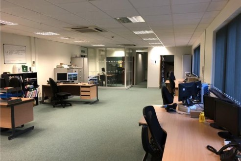 Modern ground floor office suite located in a popular and established office park. The space is predominantly open plan and finished to a high specification including reflective window tinting, perimeter trunking, comfort cooling/heating system, and...