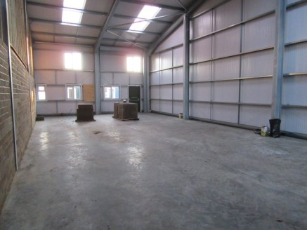 NEWLY CONSTRUCTED BUSINESS UNITS (3,000 SQ FT) & SECURE YARD (8,500 SQ FT) TO LET - PERMITTED CONSENTS FOR B1, B2 & B8 USES | Property features - connected to 3 phase power, LED lighting, approximate 4.8m eaves height, 2x full height loading doors, s...