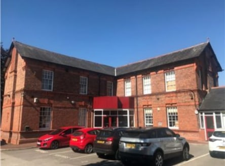The Business Park consists of three independent buildings traditionally built of solid brick elevations under pitched and slated roof slopes. The suites provide open-plan offices, benefiting from suspended ceilings, air conditioning and being fully c...