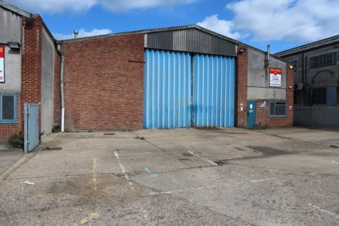 A rarely available Industrial / Warehouse unit benefitting from excellent eaves height, good road links, ample parking as well as the following features: