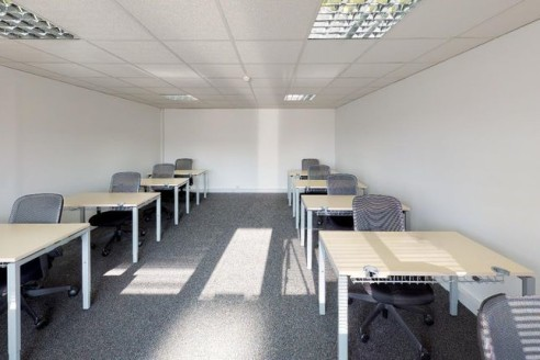 Dedicated business centres are a fantastic way to start your business or use as a temporary home if you are relocating or transitioning through a growth spurt. They offer flexible contract leases, a broad range of office and light industrial/storage...