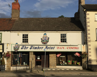 A prominent and substantial unit which has traded as a DIY shop for many years.  The property comprises an L shaped shop of approximately 122 m2 (1,310 ft2) with toilet and kitchenette to the rear.  Beyond the shop is an additional 94 m2 (1,015 ft2)...