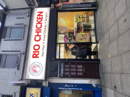 Takeaway Chicken shop business lease for sale\n\n************CENTRAL SOUTH HARROW***********\n\nalexandra park is pleased to offer this lock up takeaway Chicken shop in Central South Harrow. Lease 12 years remaining. Rent £13,500 per annum. Ta...
