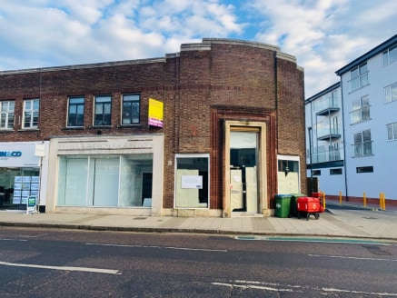 Extremely prominent town centre two storey premises - approximately 2570 sq ft