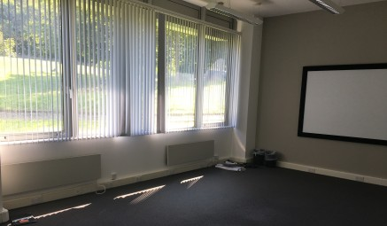 Ground Floor office with shared kitchen and wc facilities within a modern two storey purpose built office complex. The Innovation Centre has its own deli-bar and meeting room facilities.<br>Lift access and shared shower room are within the building.....