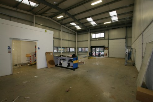 A well located warehouse/industrial unit