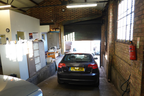 A rare opportunity to lease a mechanics workshop in the Hatch End and Pinner Area. The Hilo Garage unit provides a single storey workshop with ancillary offices and totals 3,263 sq ft. The property has an internal eaves height of 16ft.