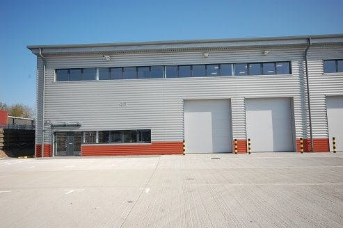 14,862 sq ft\n\nBRAND NEW WAREHOUSE / INDUSTRIAL UNIT\n\nCan be combined with other units to provide up to 38,349 sq ft\n\n15 Car parking spaces, plus 2 truck loading bays\n\nWarehouse\n\n* Minimum 8m eaves\n\n* 2 x electrically operated loading door...