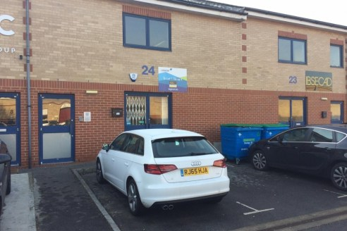 The premises comprise of open plan, first floor B1 office space of 1,106 sqft with single...