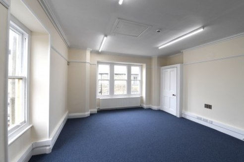 Whiteacres are pleased to offer to the market various quality offices positioned above Barclays Bank in the popular market town of Clitheroe.\n\nThe office building has been refurbished to a high standard with brand new carpets, neutral decor, LED se...
