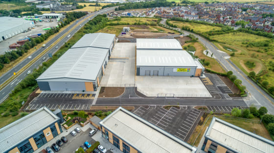 Warehouse area : 16,850 sq ft. Ground & first floor office/amenity areas : 1,650 sq ft. Secure gated service yard with a depth of 27.3m. 8m eaves height. 2 no.level access loading doors. 3-phase electricity supply. Mains gas. Glazed feature office en...