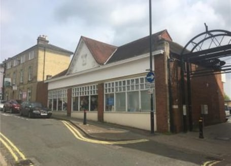 The property provides modern open plan retail space and is currently divided into two units with each unit providing open plan retail accommodation with kitchen & WC facilities. The units benefit from suspended ceilings, laminate floor coverings and....