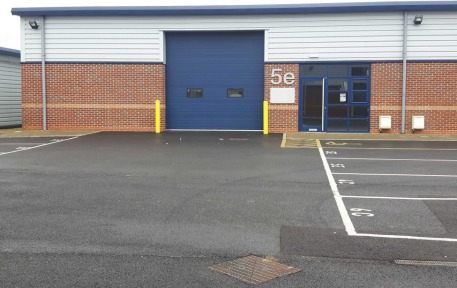 Castledown Business Park comprises 33 acres of employment land suitable for office & industrial occupiers. Brydges Court is the second phase and provides 15 industrial units. Series 5 & 6 units have full height sectional loading doors. Internal eaves...
