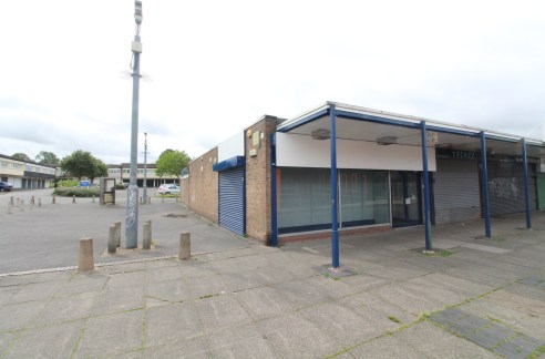 Lock-up Retail / Office Premises in DRUIDS HEATH - Total NIA 1,494 ft2 (138.79 m2)...