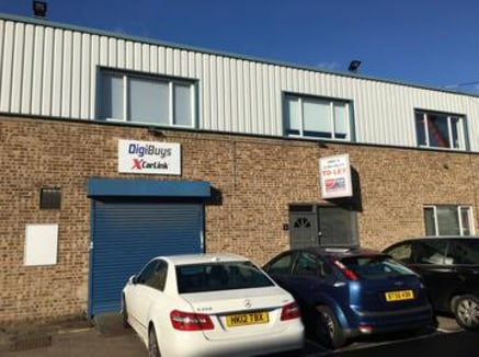 A ground floor industrial/warehouse unit located with in 1.5miles of Junction 5 of the M1.\n\n-Small office area\n-Loading door with electric shutter\n-On-site parking\n-Male and female WCs\n\nPenfold Trading Estate is located on Imperial Way in Nort...