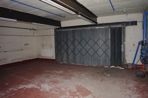 This light Industrial/storage unit of approximately 1110 sq ft (103.12 sq m) is situated on the side of Topley House, visible from Wash Lane and only minutes from Junction 2 of the M66.  The unit is accessed through a concertina steel door of approxi...