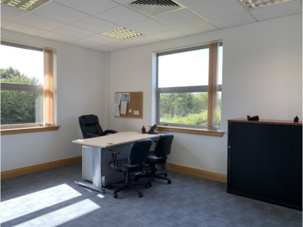 Unit 4 Winnersh Fields provides 2,200 sqft of high quality open plan office space.