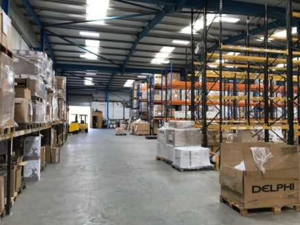 Bastfield Mill comprises a former north light weaving shed which was comprehensively redeveloped in the early 2000's and now provides high quality steel portal frame warehouse space. Within the building we have pallet space for up to 3,000 pallets av...