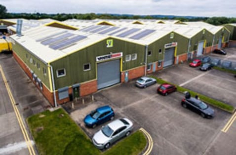 TO LET: Modern Warehouse Accommodation 5,716 - 8,706 SQ FT (531.03 - 808....