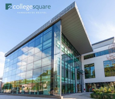 2 College Square is a state of the art Grade A office building with the available space being located on the first floor. Access is from a full height glazed reception with commissionaire. The building benefits from passenger lifts, together with bik...