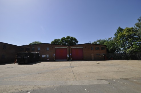* 2 Units at the end of a terrace of warehouse / industrial units  * Secure yard
