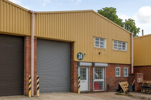 Light Industrial Warehouse Colchester - Unit 24 Davey Close Trade Park<br><br>(https://www.industrials.co....