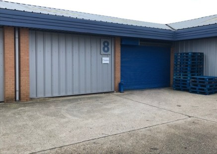 Headley Park 10 is a well-established industrial estate on Headley Park East, Woodley. The unit comprises of a single storey office to the front and a large full height warehouse to the rear with an excellent eaves height and concrete floors.  The fo...