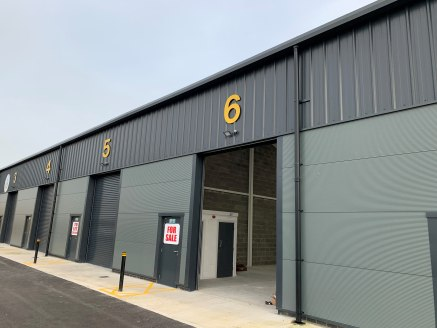 ARC Business Centre is a newly constructed row of 7 industrial buildings near to the entrance of Sankey Valley Industrial Estate.   Unit 6 has an electrical roller shutter door with 7.5m eaves height, lighting is via LED fittings and the floor is sur...