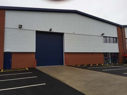 Unit 5A, Westfield road is situated on The Kineton Road Industrial Estate which is located to the western side of the prosperous market town of Southam, Warwickshire. The unit is situated just 6 miles from junction 12 of the M40 motorway, 8 miles fro...