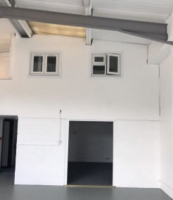 Open plan warehouse/workshop  Total size 140.21 sq m (1,509 sq ft)