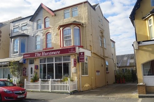 Substantial semi-detached Hotel located immediately off the Promenade between Central & South Pier. Excellent 3 star family hotel close to the beach, Sandcastle Water Park, Pleasure Beach and all amenities....