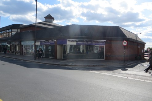 * Prominent ground floor corner location  * A3 and A1 use  * Nearby retailers include Sainsbury's, Poundland, Costa Coffee, Blackbird bakery and Simon Carter  * Very popular evening destination with a large number of popular restaurants and pubs in t...
