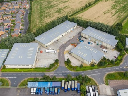 Fully refurbished industrial/warehouse unit on Gloucester Business...