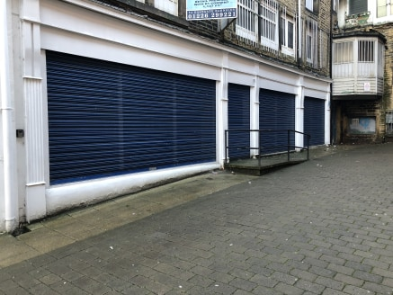 The property forms part of the ground floor of a larger retail investment property being of part four storey stone construction.  Internally the property provides good quality accommodation with a large timber frame and glazed shop frontage with part...