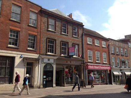 The property comprises a prominent ground floor retail unit.   The space is currently used as a clothes retailer with benefits including, display window, changing rooms and display and spot lighting.   The property backs on the Kennet & Avon canal.