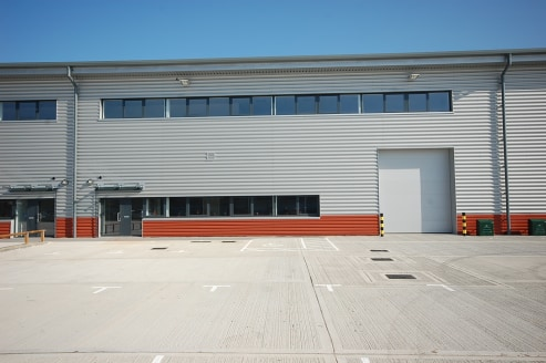 10,767 sq ft\n\nBRAND NEW WAREHOUSE / INDUSTRIAL UNIT\n\nCan be combined with other units to provide up to 38,349 sq ft\n\n17 Car parking spaces, plus truck loading bay\n\nWarehouse\n\n* Minimum 8m eaves\n\n* Electrically operated loading door\n\n* F...