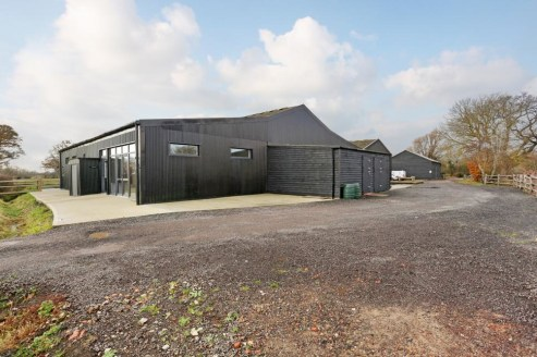 New build rural offices/studios/treatment rooms and storage with car parking, Broadband (Fibre available) and air conditioning.