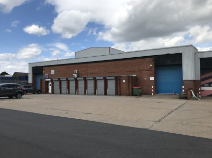 SEACROFT TRADE PARK is situated in a highly prominent position fronting the A6210 Leeds Outer Ring road. The location provides direct access to the Greater Leeds conurbation and Leeds City Centre which is located 4.25 miles south west via the A64 Yor...