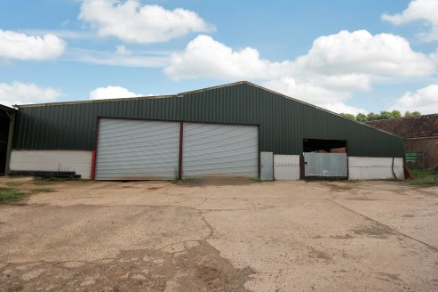 p>\n The property is a typical farm building previously a grain store laid out in three bays. The left hand bay and centre bay are available with the further right hand bay requiring some works but could also be available shortly....