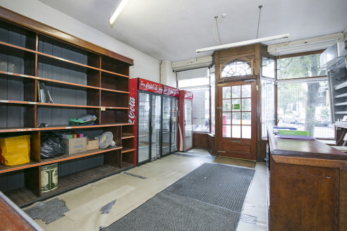 Comprises a ground floor shop within this period terraced building providing trading space at the front with rear internal storage space.   Caledonian Road & Barnsbury Station is just under a mile to the north west of the subject property and numerou...
