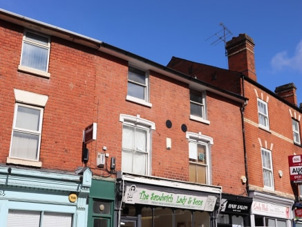 42b Worcester Road is a self contained second floor office suite. The property is situated within 100 yards of Bromsgrove's High Street. Flexible lease terms available.