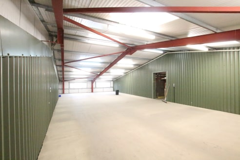 Industrial/warehouse accommodation